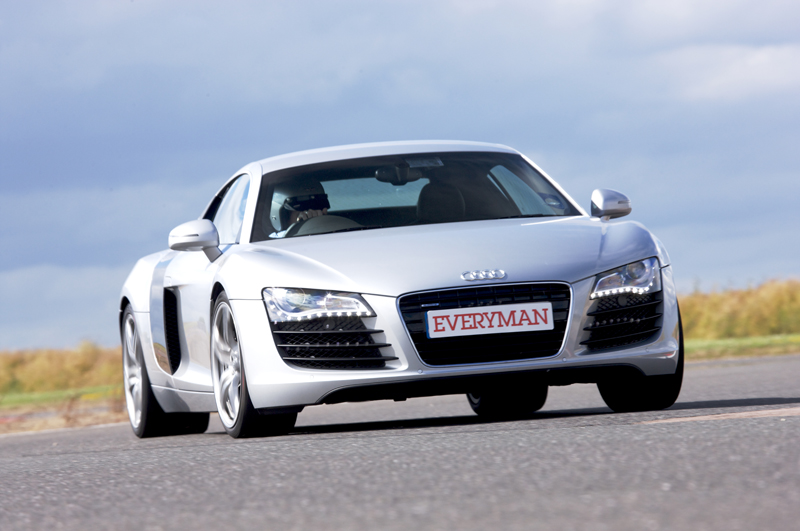 driving experiences audi r8 v10 from 119. Black Bedroom Furniture Sets. Home Design Ideas